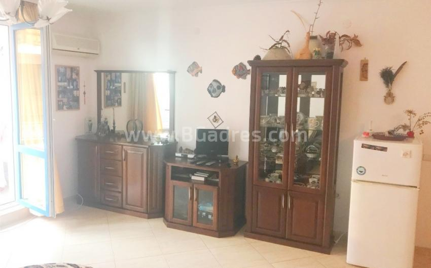 Apartment with furniture for permanent residence in Sveti Vlas
