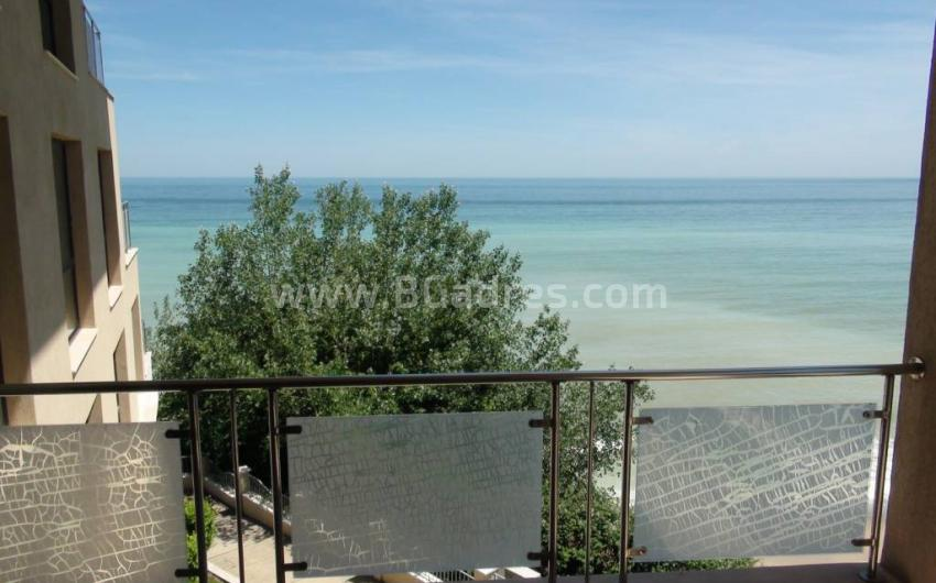 Apartment with two-bedrooms on the first line in Byala