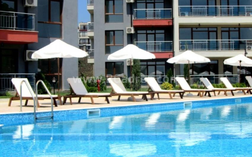 Buy an apartment in installments in Sveti Vlas without additional cost