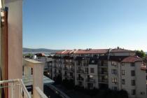 Студио с изглед към планините в Слънчев Бряг