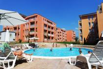 Купить двухкомнатную квартиру с новой мебелью у моря - Другой вид на кухню