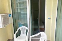 Двустаен апартамент с изглед към морето, на първа линия