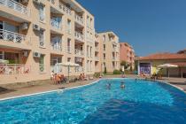 Евтин двустаен апартамент на брега на морето в България