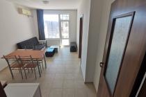 Дешевая трехкомнатная квартира у моря | №1749