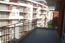 Голям двустаен апартамент на първа линия в Свети Влас