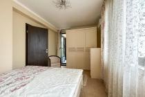 Большая квартира рядом с пляжем на Солнечном Берегу