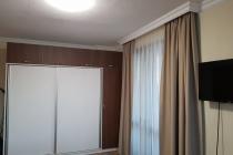 Нов апартамент с дизайнерски ремонт в Свети Влас - Разтегателен диван